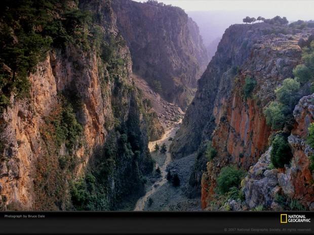 aradena-gorge-743545-lw