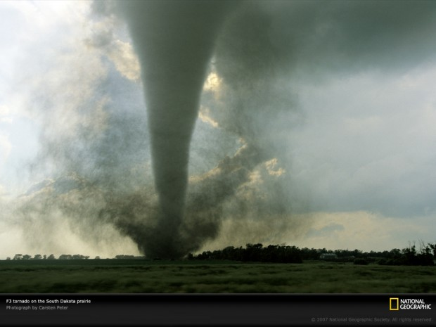 south-dakota-tornado-749001-lw