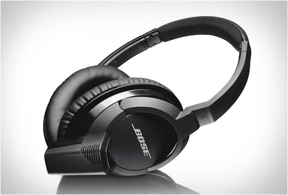 bose-ae2w-headphones-2