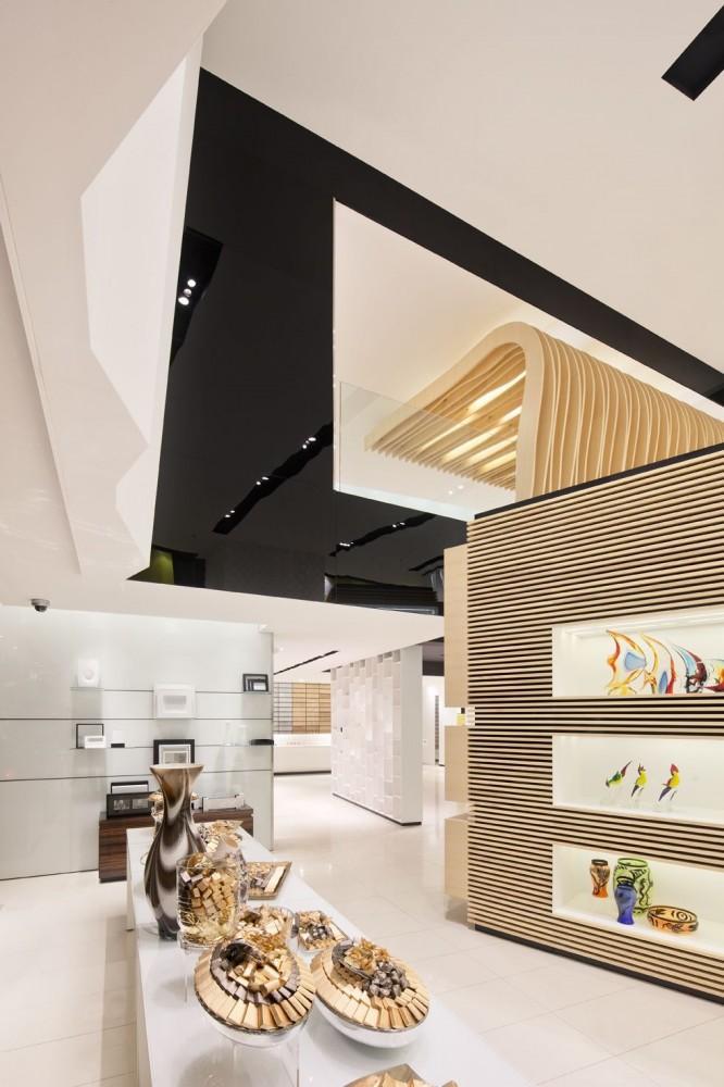 514a97e2b3fc4b77e7000040_takhassussi-patchi-shop-lautrefabrique-architectes_takhassossi_018-666x1000