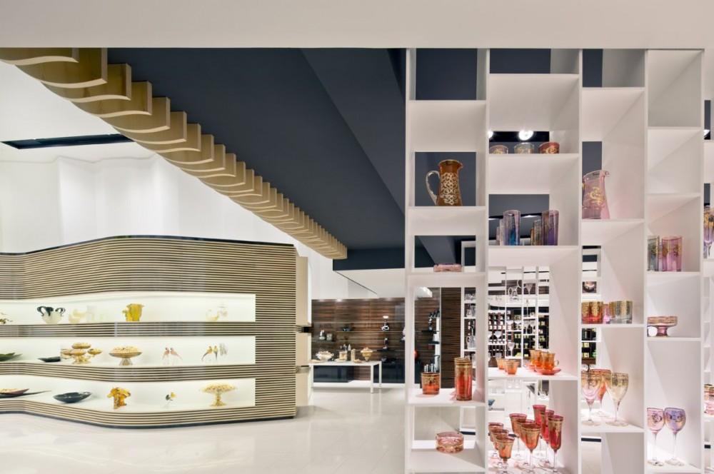 514a9813b3fc4b3f6c000038_takhassussi-patchi-shop-lautrefabrique-architectes_takhassossi_033-1000x664