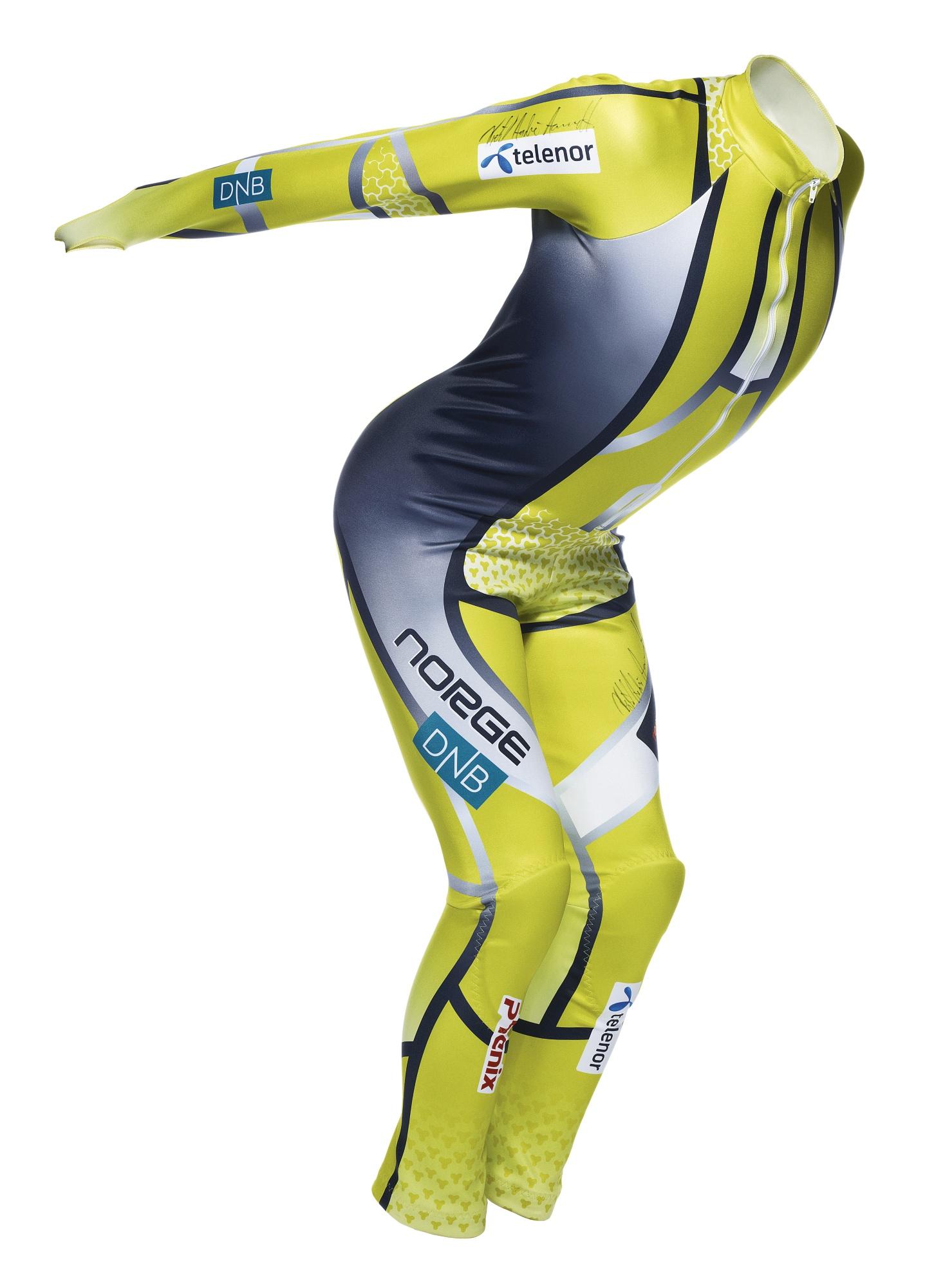 121219RA_alpine_ski_suit_112