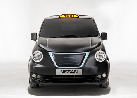 Nissan-unveils-new-London-taxi_dezeen_11