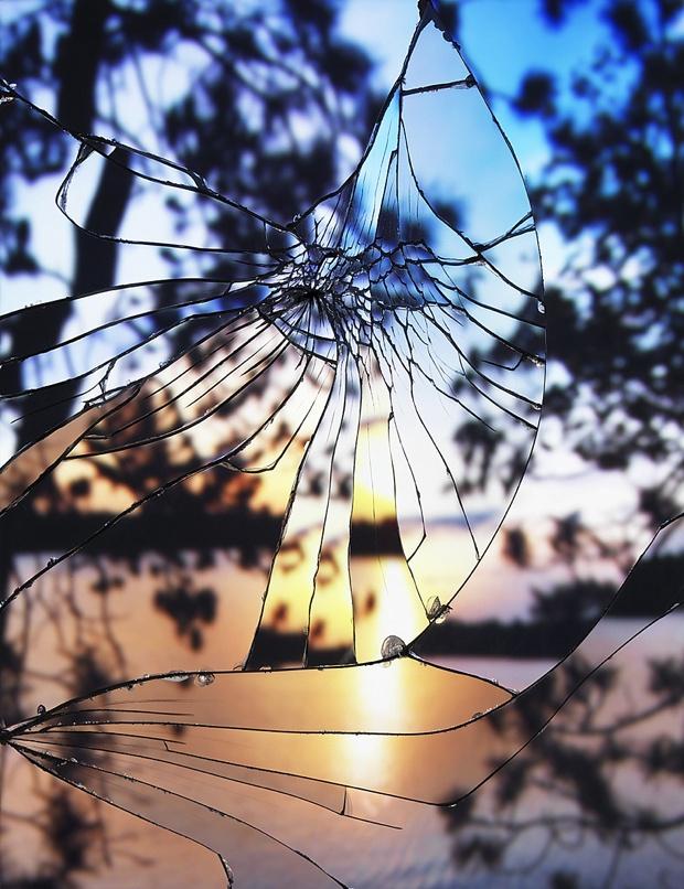 BrokenMirrorSunset_012